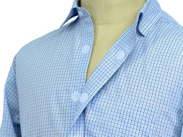 lyhythihainen paita tarrakiinnitteisillä napeilla